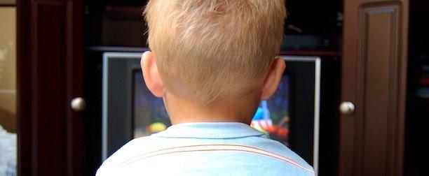 Televizorul și creierul copilului